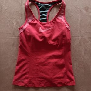 Nike Dry Fit Fitted Workout Tank size medium pink